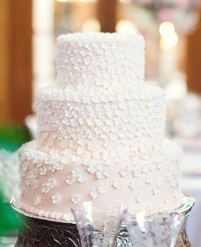 Pink Cake with White Flowers // photo: Spink Studio // Feature: TheKnot.com