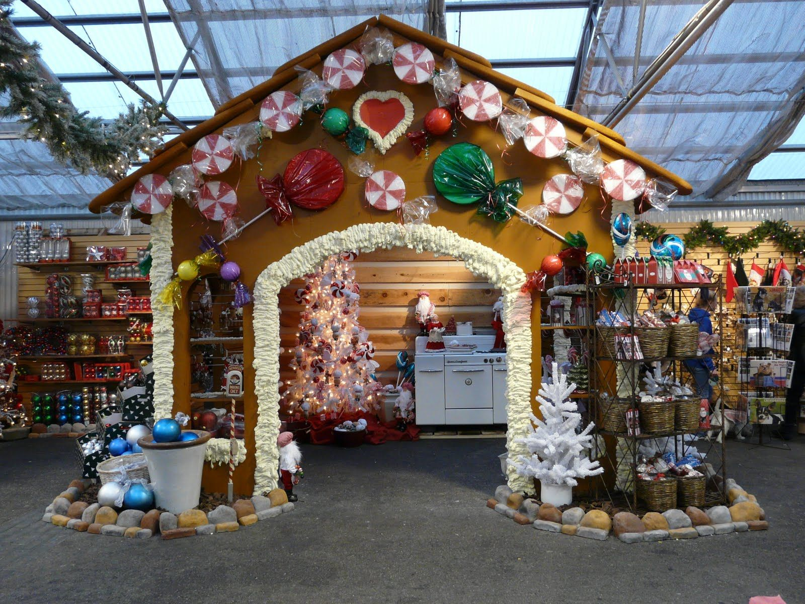 Beautiful Christmas Craft Booth Ideas Part - 4: Wow What A Great Christmas Craft Show Booth Idea! You Could Do This For A Craft  Show Booth, Thick Cardboard For The Gingerbread, Spackle For The Icing.