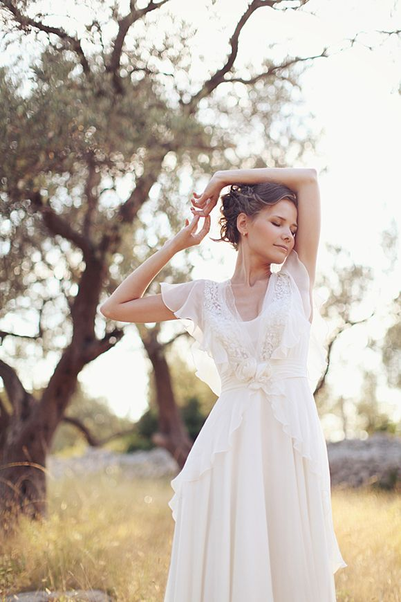 Fabulous Beautiful V Neck Long A line Chiffon Outdoor Wedding Dress with Flutter Sleeves and Lace