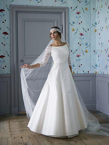 Billiga klänningar BröllopsGuiden