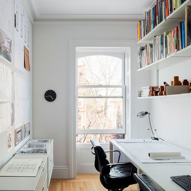 oficina en casa en habitación pequeña | Escritorio | Pinterest | on small presentation ideas, designing tables study ideas, small background ideas, standing books to study for ideas, study home decorating ideas, study door ideas, small home study, small study room table, book storage ideas, small under stairs ideas, desk layout ideas, loft ideas, small study furniture, wine cellar ideas, scripture study ideas, guest room office ideas,