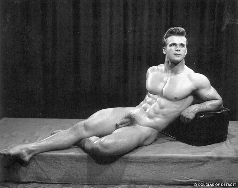 Vic Seipke American Bodybuilder By Douglas Of Detroit -2426