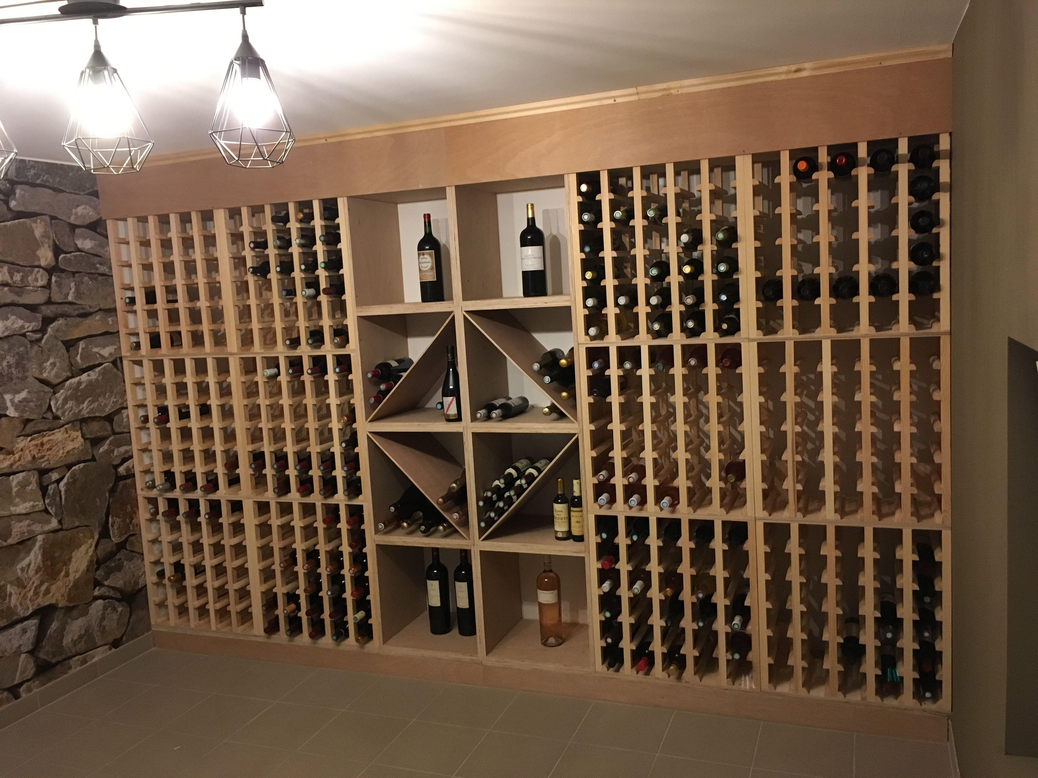 casiers pour bouteilles casier vin cave a vin rangement du vin amenagement cave casier bois meuble en bois amenagement d une magnifique cave