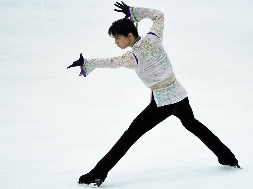 Just when you thought he couldn't get any better, Olympic champion Yuzuru Hanyu gave a performance for the ages on Saturday night. For the second night in