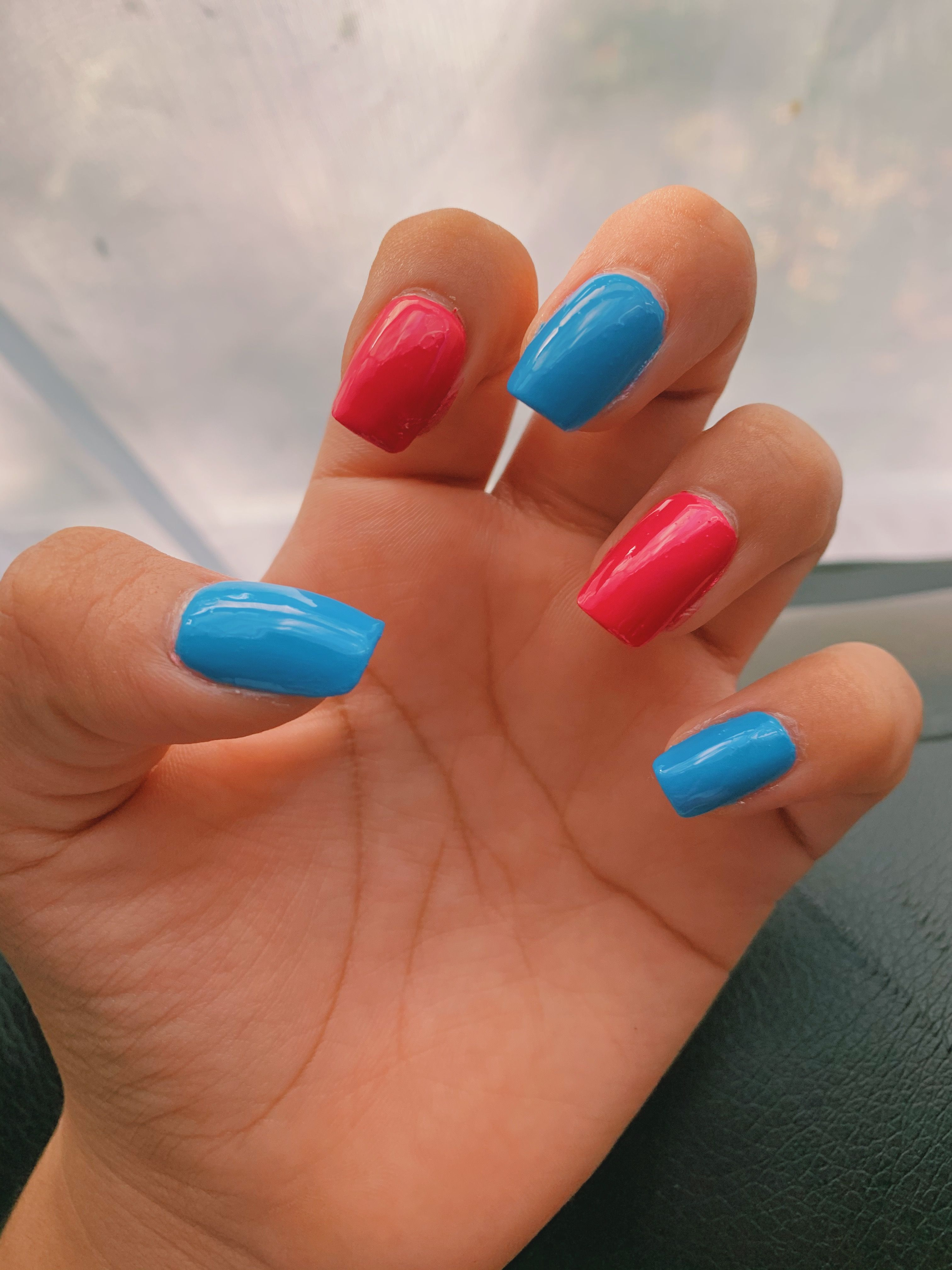 Fine Line Nails In 2020 Lines On Nails One Direction Nails Best Acrylic Nails