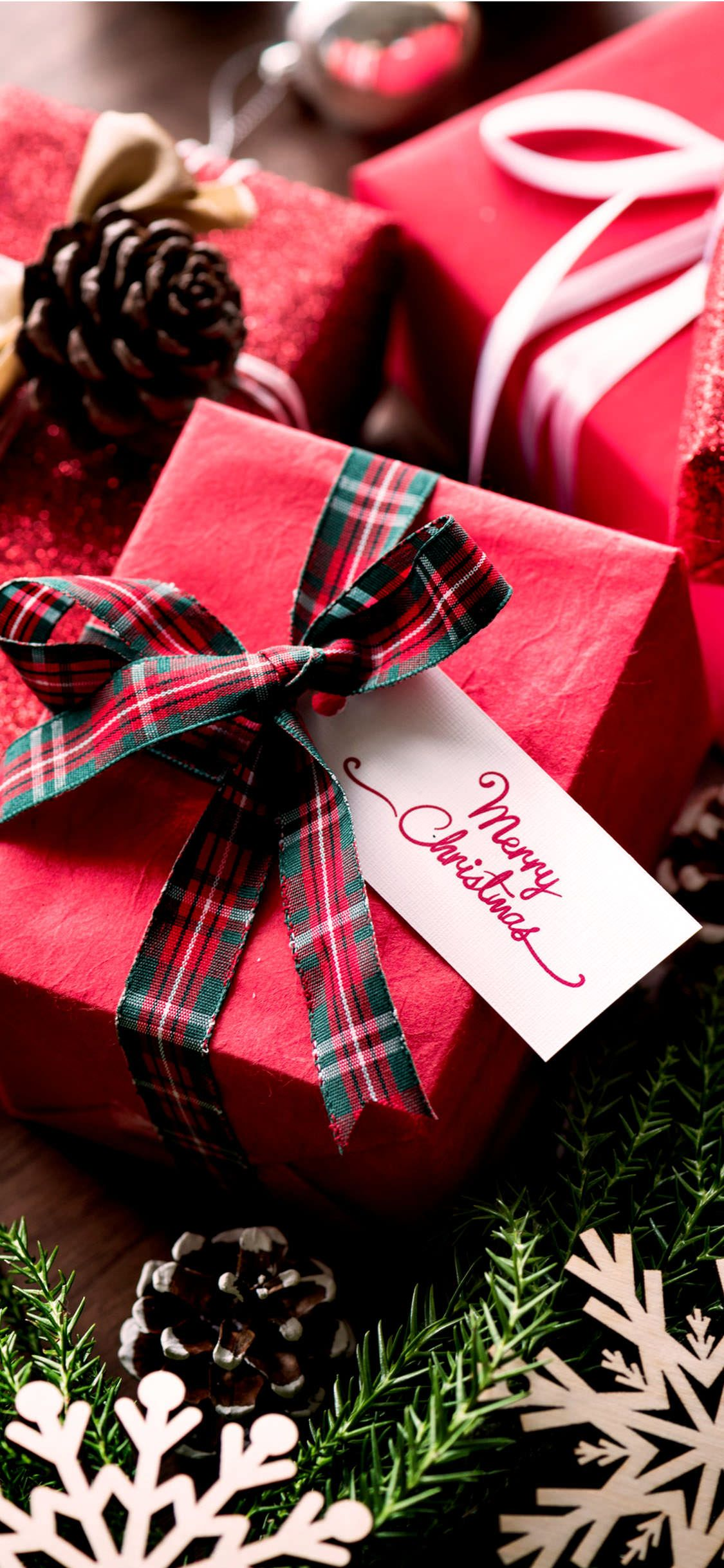 1125 2436 Merry Christmas Gift Box Iphone X Hd Wallpapers Diy Christmas Gifts Fun Holiday Gift Exchange Christmas Note