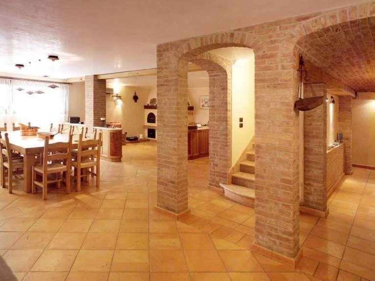 Pavimenti Per Cucina Rustica. Simple Pietra Per Cucina With ...