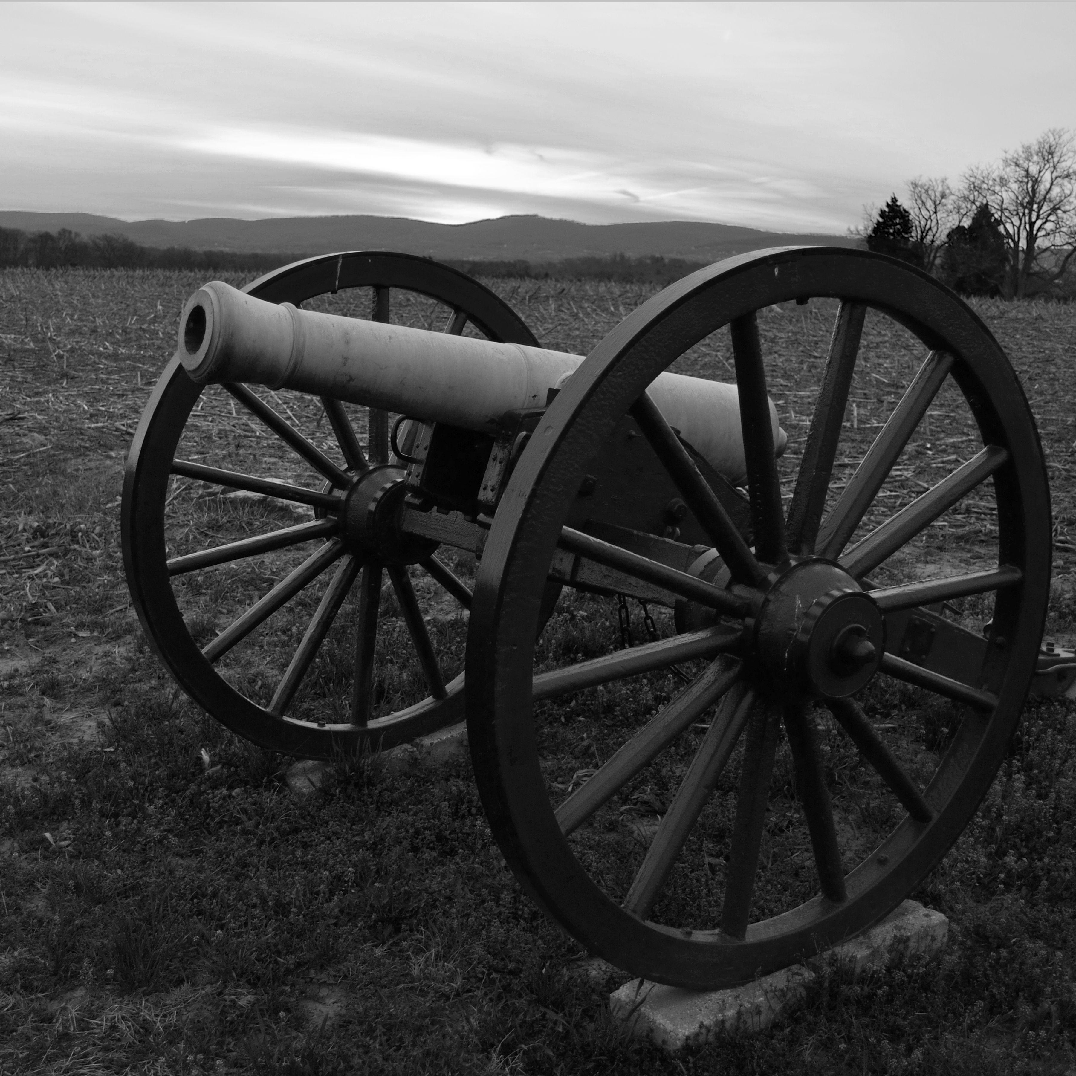Canon at Antietam Battlefield.  Photo credit: Steve Kappel Photography.  Instagram: Skappel26  #photography #blackandwhite #canons #civilwar #history #americanhistory
