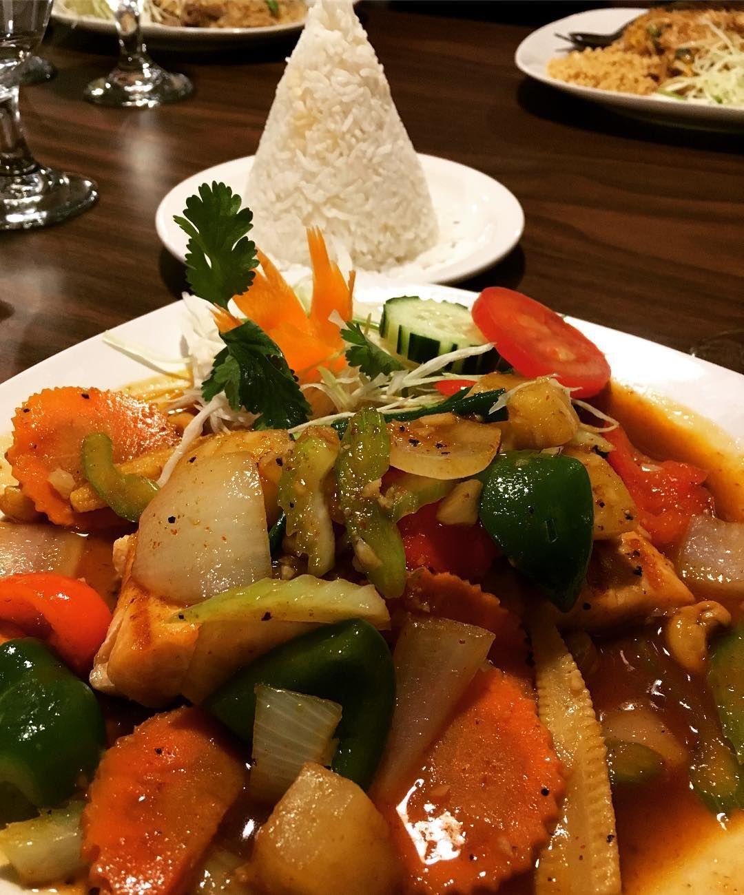 thai food south reno