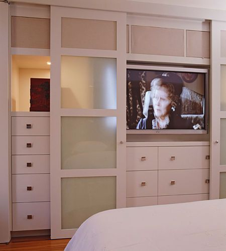 I Like The Idea Of A Hide Away Television In The Bedroom Bedroom