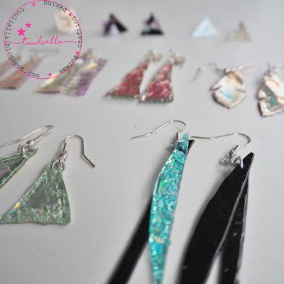 Korvakorut vanhoista cd-levyistä ja dvd-levyistä. Earrings and jewelry part made from old cd's and dvd's