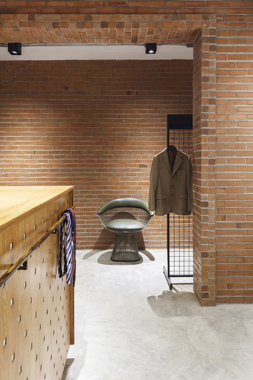 Keaton By Phtaa Is A Curious Cosy Tailor Shop In Bangkok Retail Interior Design Retail Interior Tailor Shop