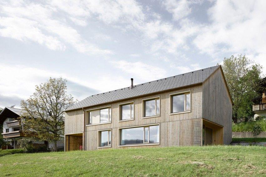 Haus für Julia und Björn by Innauer-Matt Architekten (1)