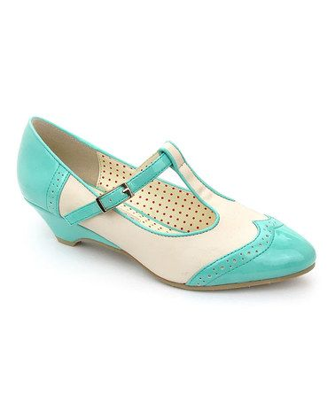 B A I T Precious Blue Ione Pump T Strap Shoes Vintage Style Shoes Pumps