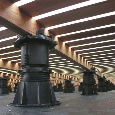 Pedestal para suelo t cnico ajustable para terraza de exterior dph buzon pedestal - Suelo tecnico exterior ...