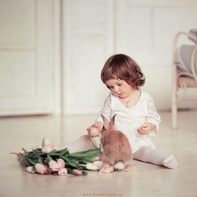 Весенних крошек 🌷🐰 больше всего снимаю все-таки в студиях, а фото практически не выкладываю, буду иногда)))