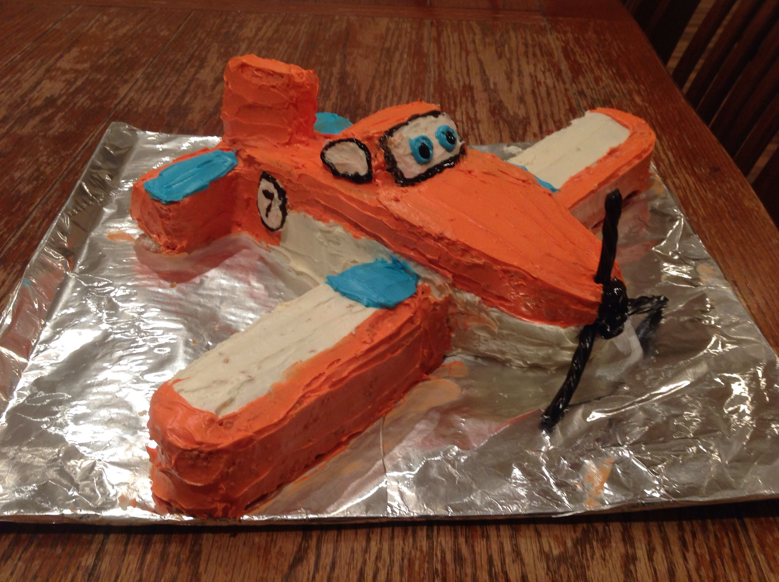 Dusty Crophopper Cake From Planes