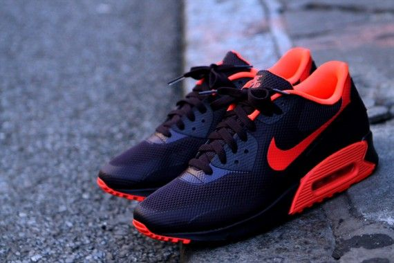 Nike Air Max 90 Hyperfuse – Port Wine – Bright Crimson