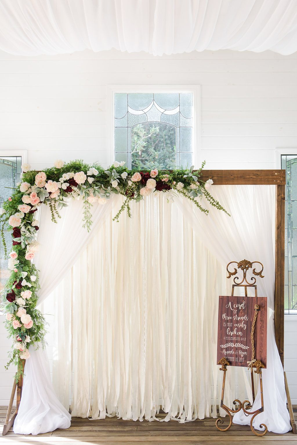 58 New Ideas For Wedding Arch Babys Breath Roses Wedding Wedding Arch Wedding Arch Flowers Navy Wedding Flowers