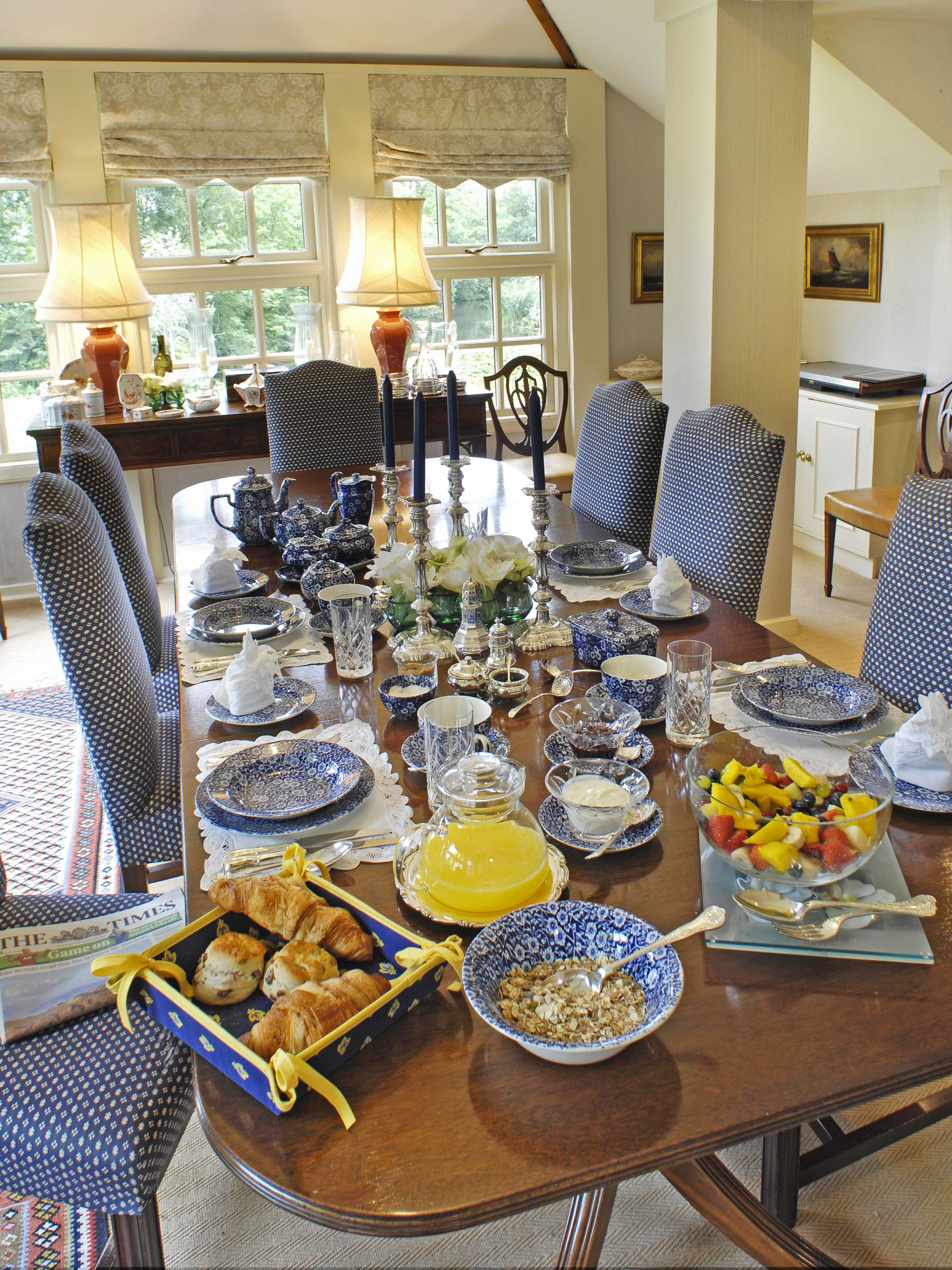 Breakfast In The Elegant Dining Room At York House Luxury Bed And Breakfast In The Cotswolds Elegant Dining Room Bed And Breakfast Table Cloth Decorations