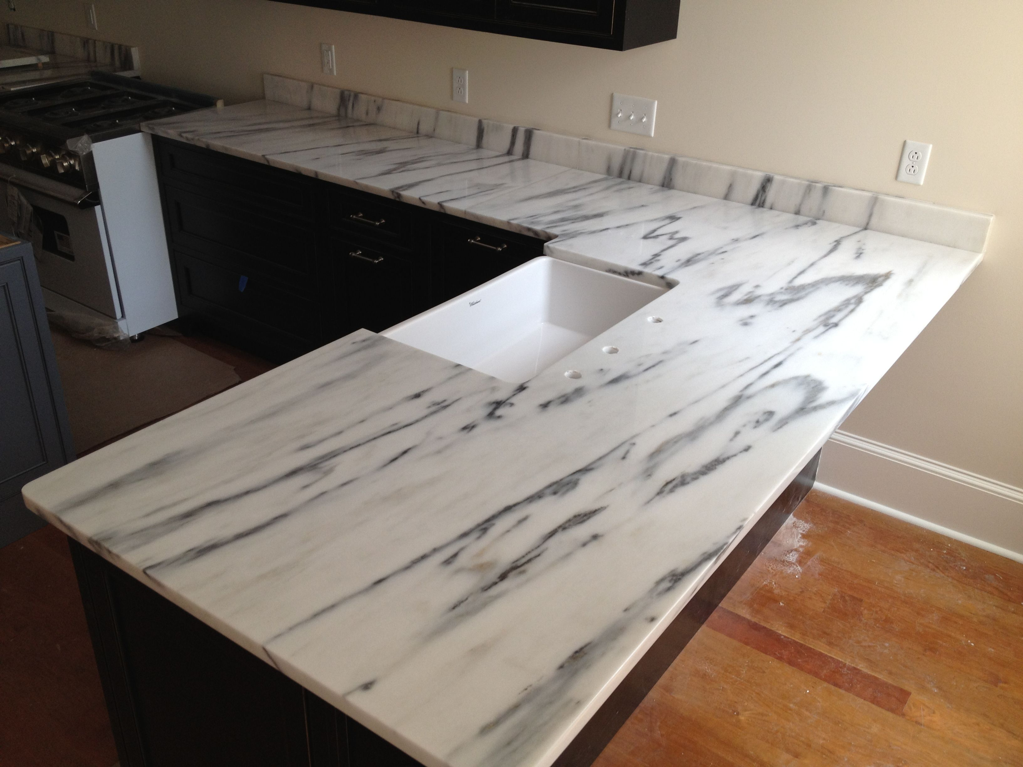 Marble Kitchen Flooring Mountain White Or Arabescato Montclair Danby Marble Kitchen
