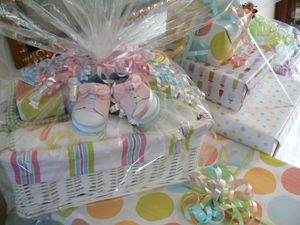 Baby Shower Gift Basket Ideas Eat Craft Parent Gift Ideas