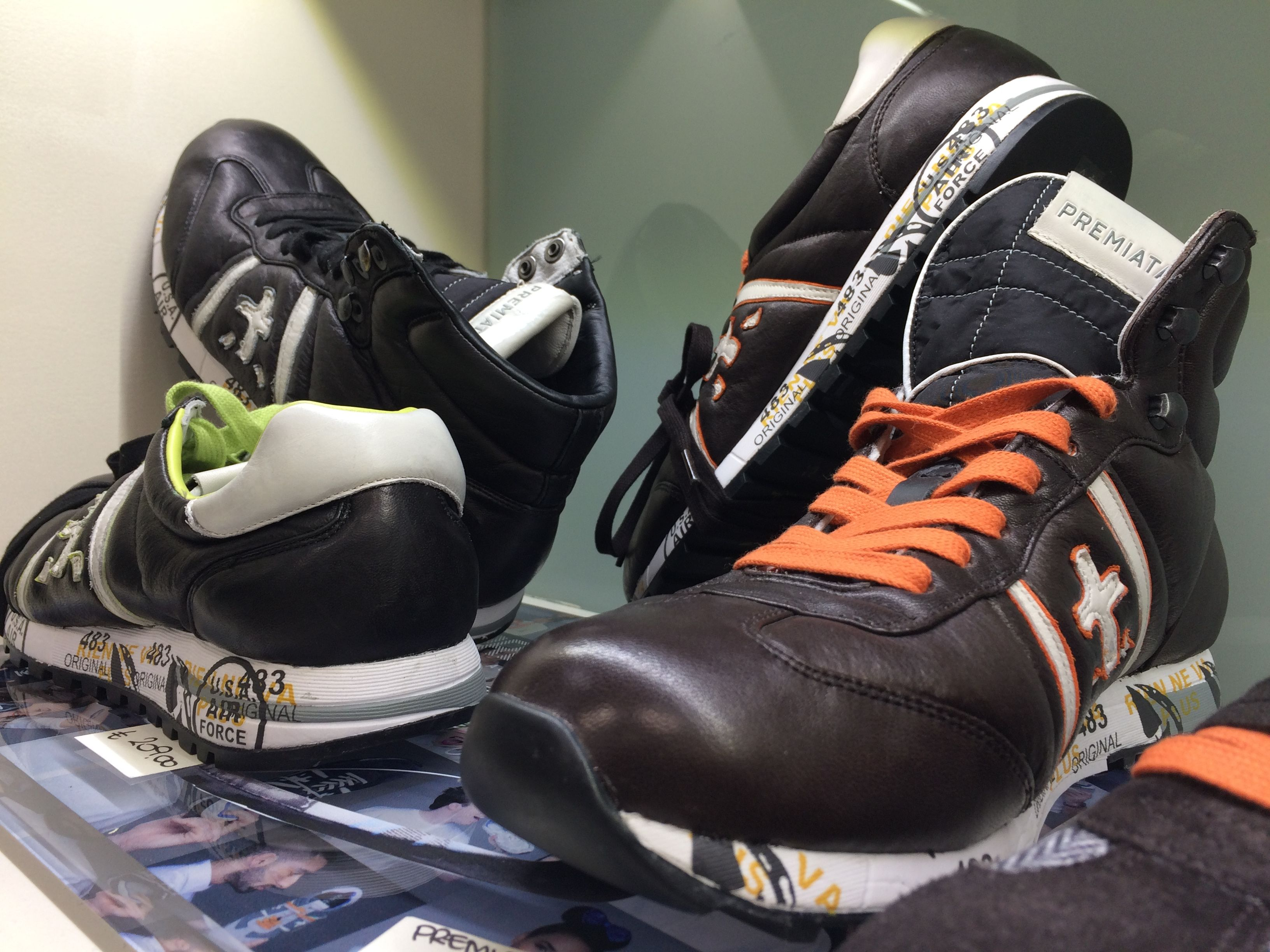 PREMIATA ADAM 1412 una sneaker che ben interpreta la fusione tra ieri e oggi. Una scarpa in vera pelle su suola in gomma. Il suo design si caratterizza con ganci ed una imbottitura alla caviglia. #citytank_it   #premiata #sneakers