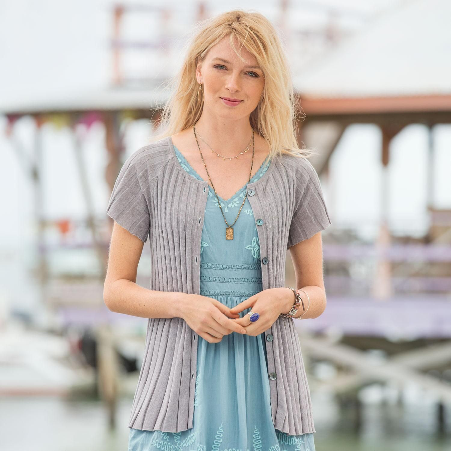 MELISSA SWING CARDIGAN -- Horizontal knit stitch results in a ...