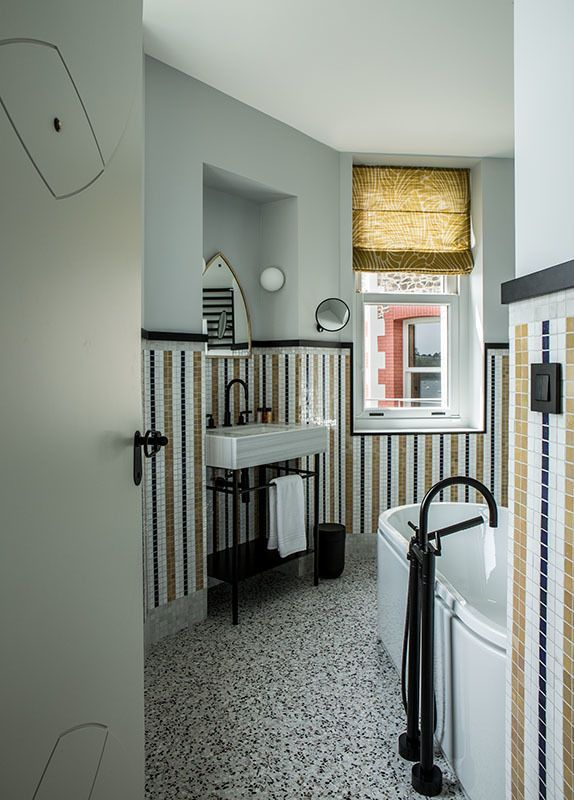Architecture intérieure, Paris \u2022 Grandma bathroom \u2022 Pinterest