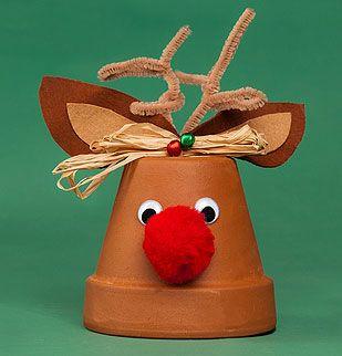 Rudolf rentier im tontopf als weihnachtsdekoration schule weihnachten weihnachten basteln - Weihnachtsdekoration basteln mit kindern ...