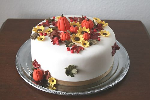 Magnificent Fall Birthday Cake By Cakejournal Via Flickr Met Afbeeldingen Funny Birthday Cards Online Aboleapandamsfinfo