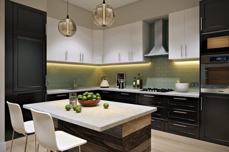 Fekete-fehér frontok, kellemes zöld konyha hátfal burkolat ...
