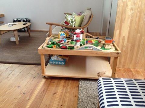 ざっくりでいいですか Diyプレイテーブルの作り方 Ielog Yaplog ヤプログ Bygmo プレイテーブル 子供部屋のデコレーション レゴルーム