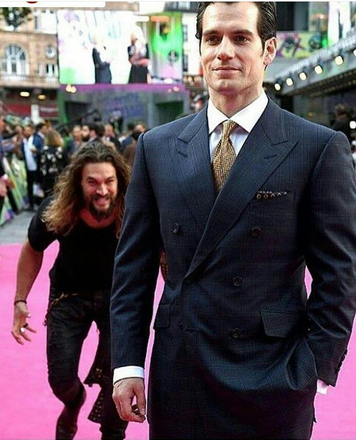 Jason Momoa Attacked: THAT GUY BEHIND HIM IS LITERALLY ME THO