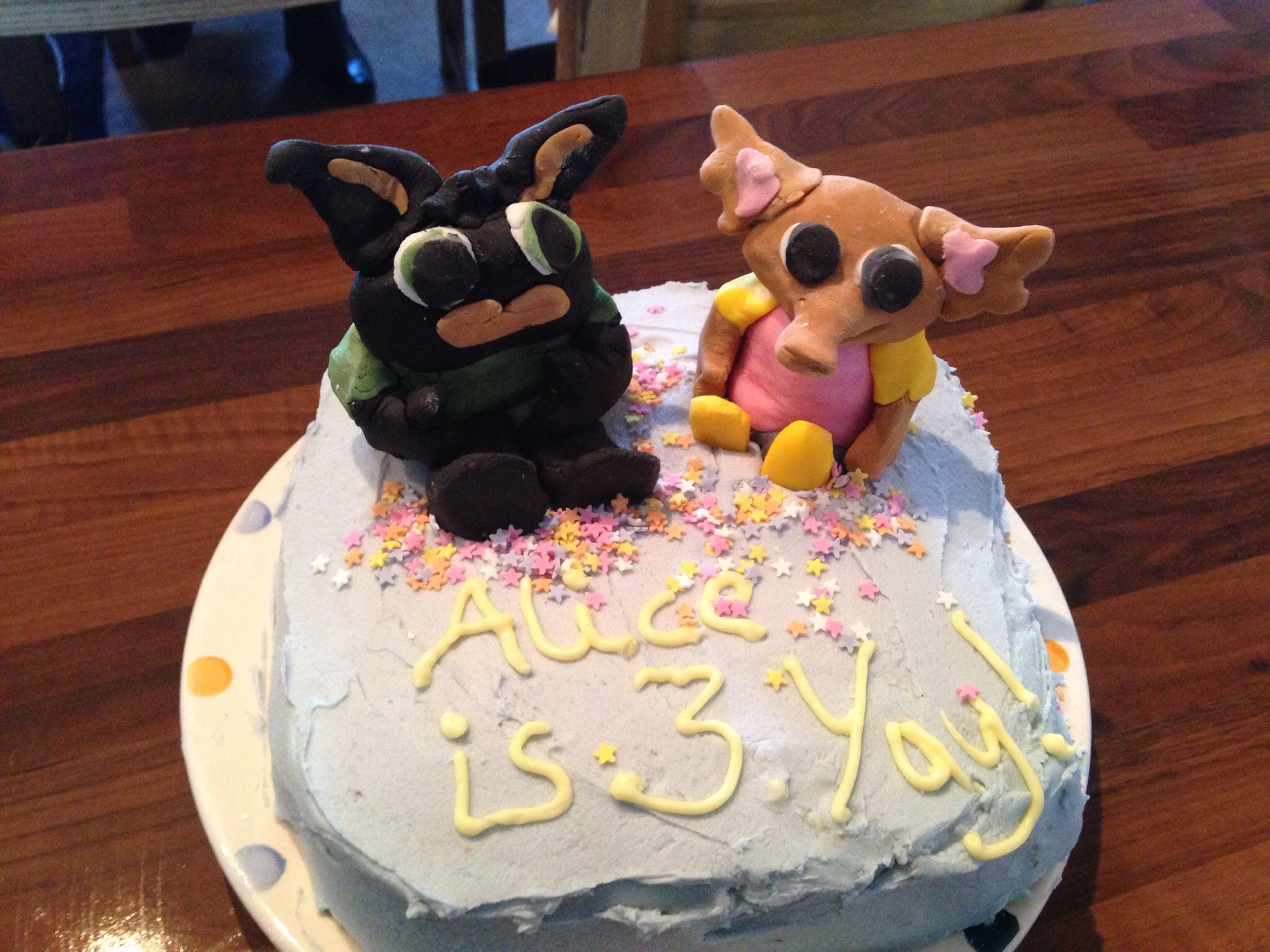 bing bunny and sula cake this is my daughters at home birthday rh pinterest com