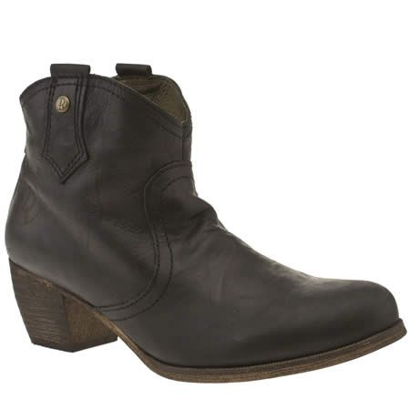 744fe5298cf womens red or dead black mountain boots | Style | Black leather ...