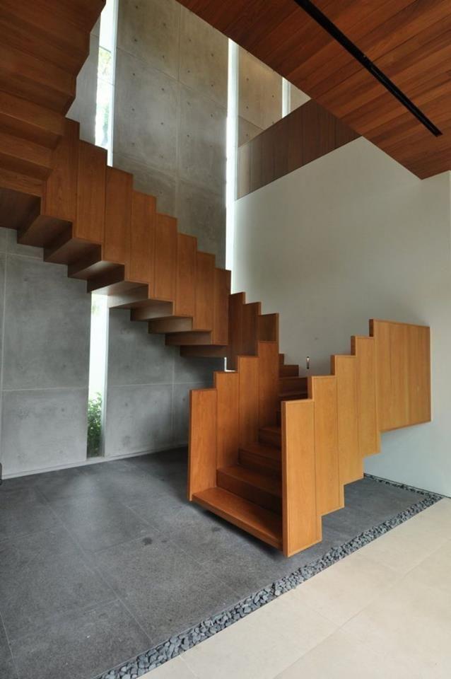 Holztreppe Modern. Nachher Holztreppe Mit Bucher Treppen Modell Viva ...