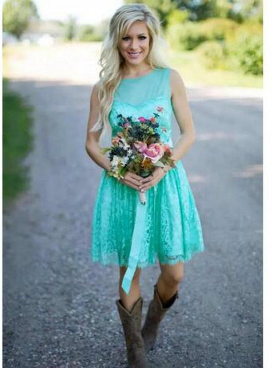 Dress And Boots Short Country Wedding Dress Country Style Wedding Dresses Western Style Wedding Dress [ 1104 x 736 Pixel ]