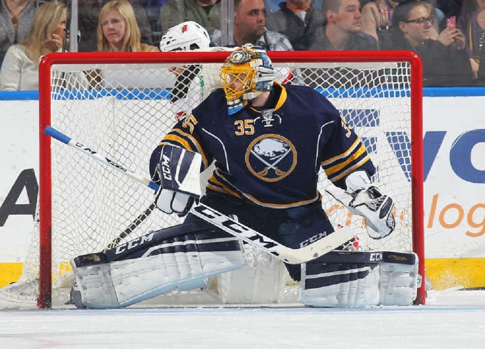 Sabres Sign Goalie Ullmark To 2 Year Extension Nhl Buffalo