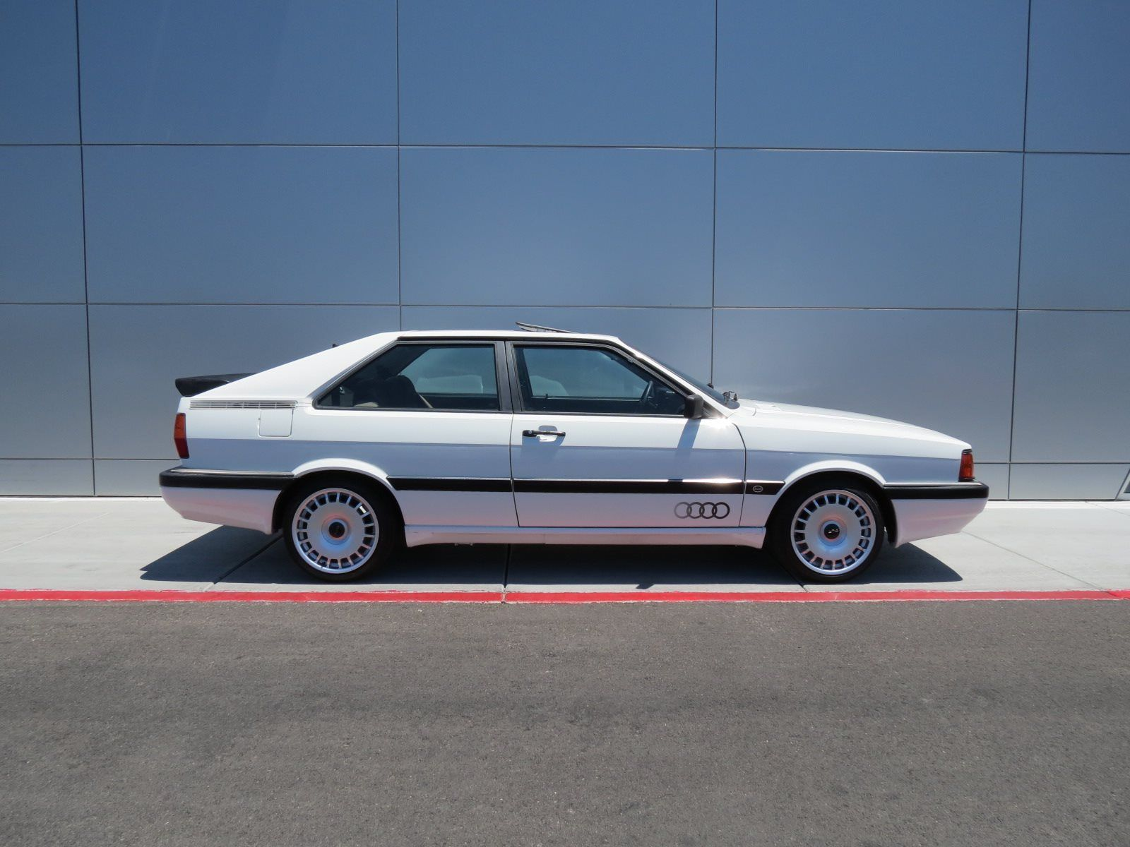 fourtitudecom fs  vw beetle classic white heritage wheels