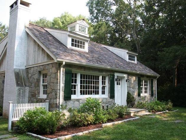 Stone cape cod style cottage roxbury conn z dreaming for Piani di casa in stile cottage cape cod