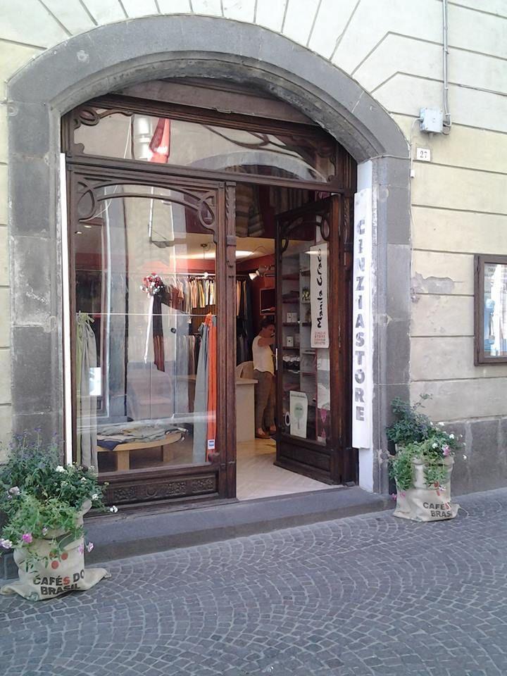Shopfront Architecture, Oversized mirror, Decor