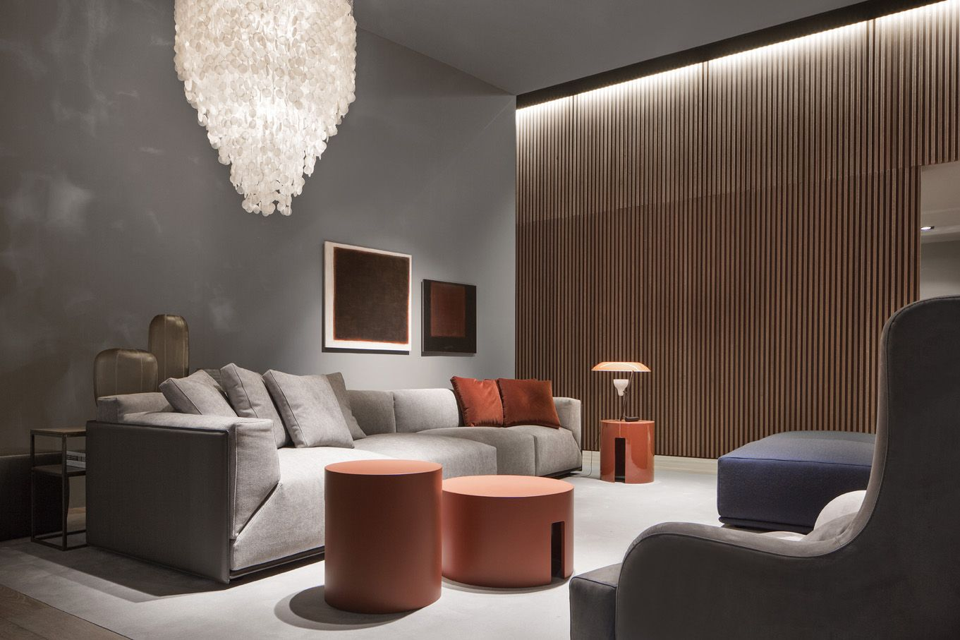 Attractive Bacon Kuoio Sofa And Gong Low Table By Meridiani