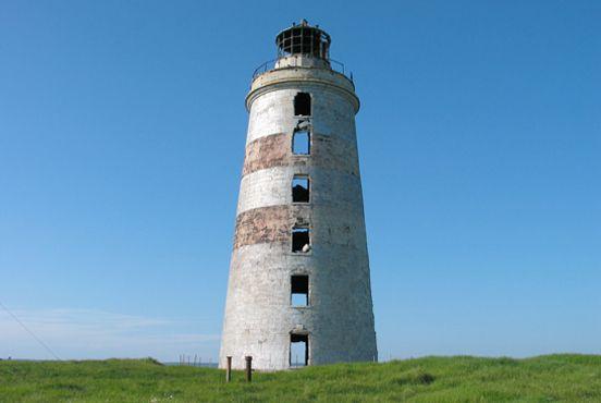 Anticosti lighthouse by marc serre, via 500px