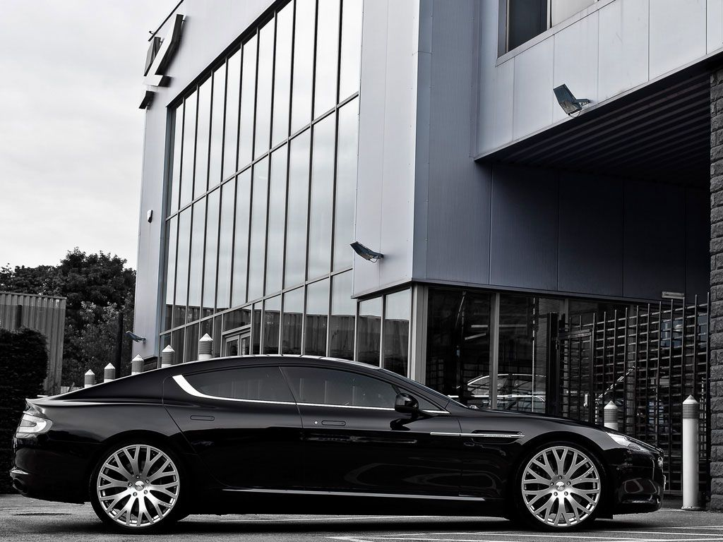 Kahn Aston Martin Rapide, the Most Elegant Four-Door Sports Car in the World - right side view
