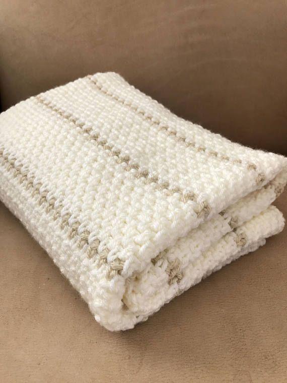 Crochet Baby Blanket Pattern Chunky Crochet Baby Blanket | Adri ...