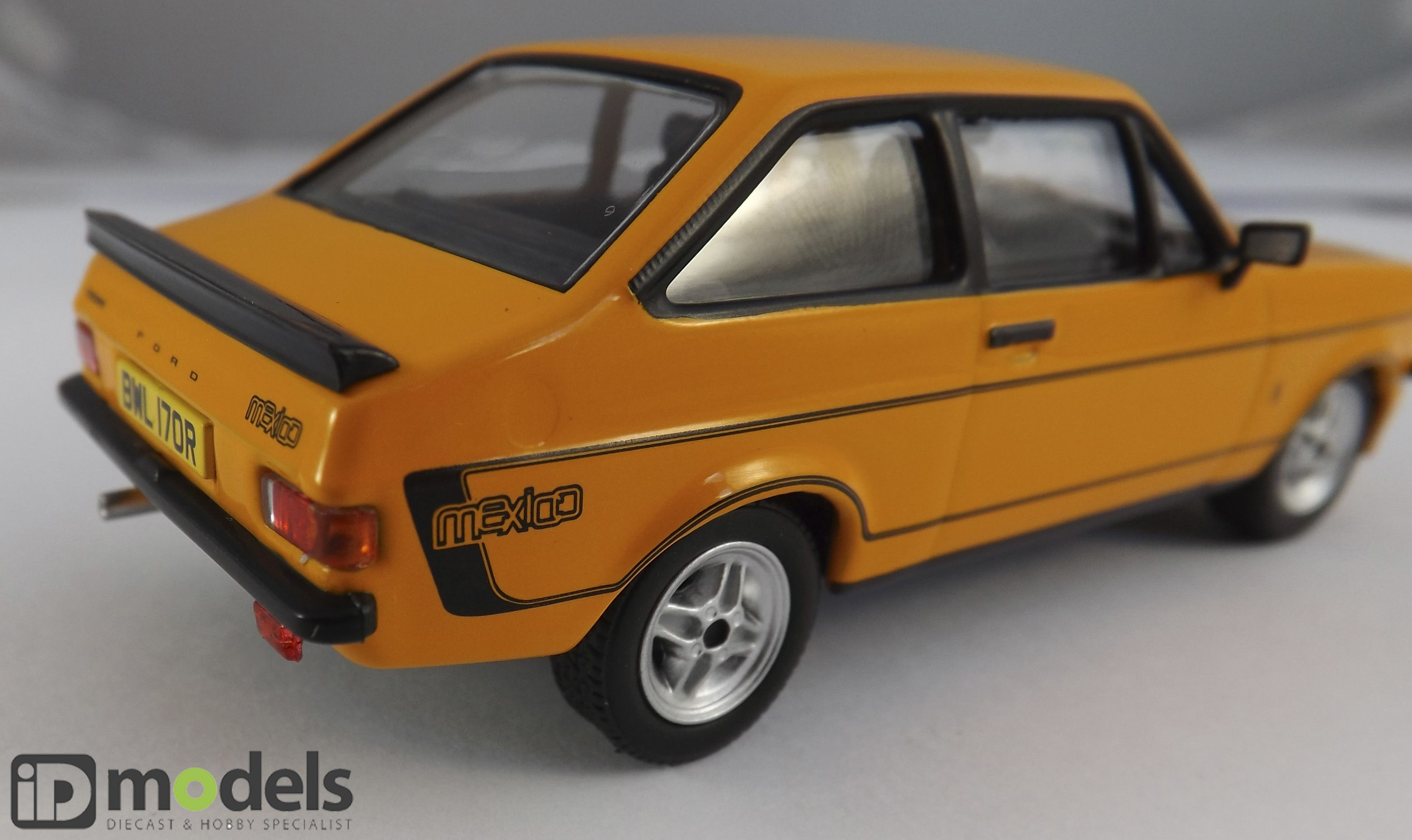 Corgi Vanguard VA12603 Ford Escort MK2 RS Diecast Model Car | Cars ...