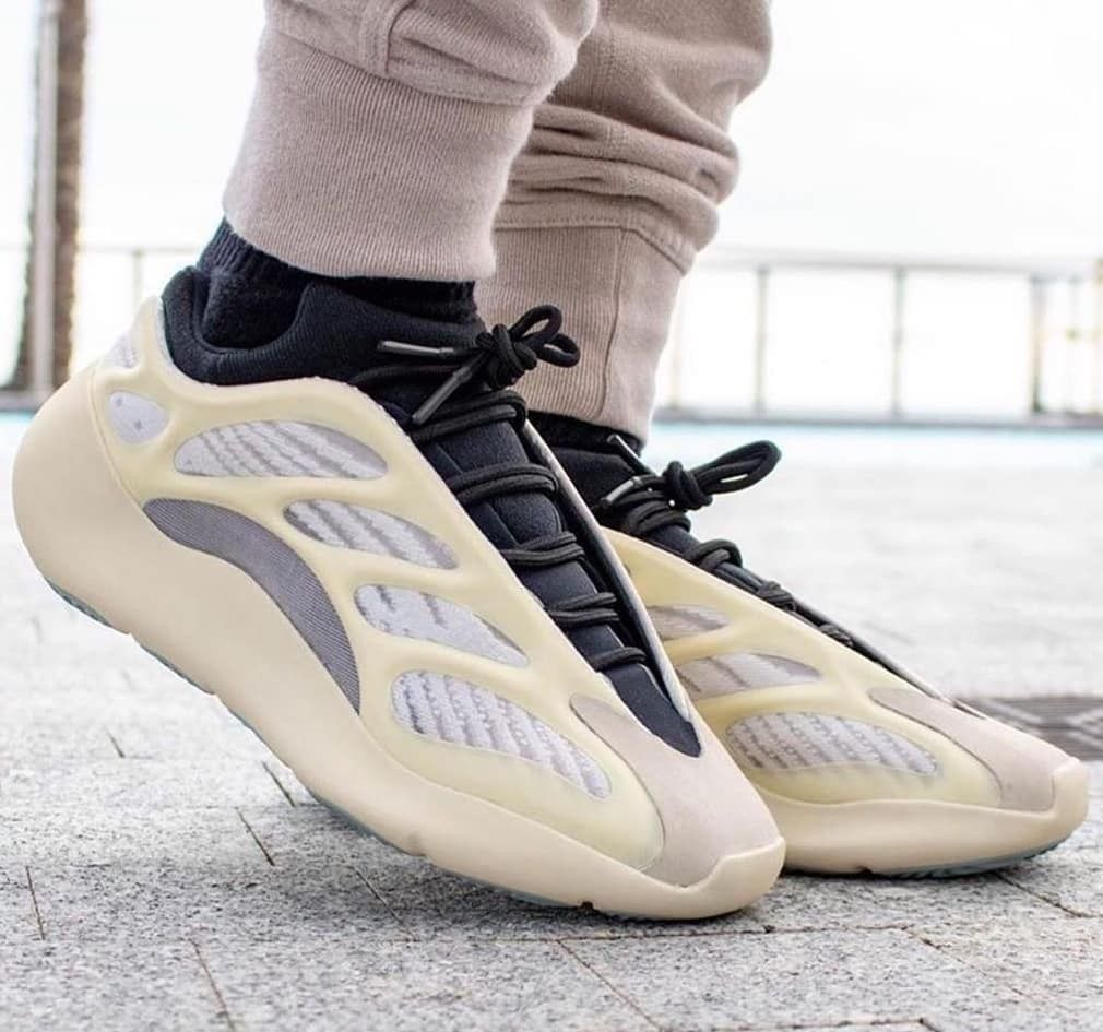 Adidas Yeezy 700 V3 Azael In 2020 Adidas Shoes Yeezy Adidas Shoes Women Adidas Fashion Shoes