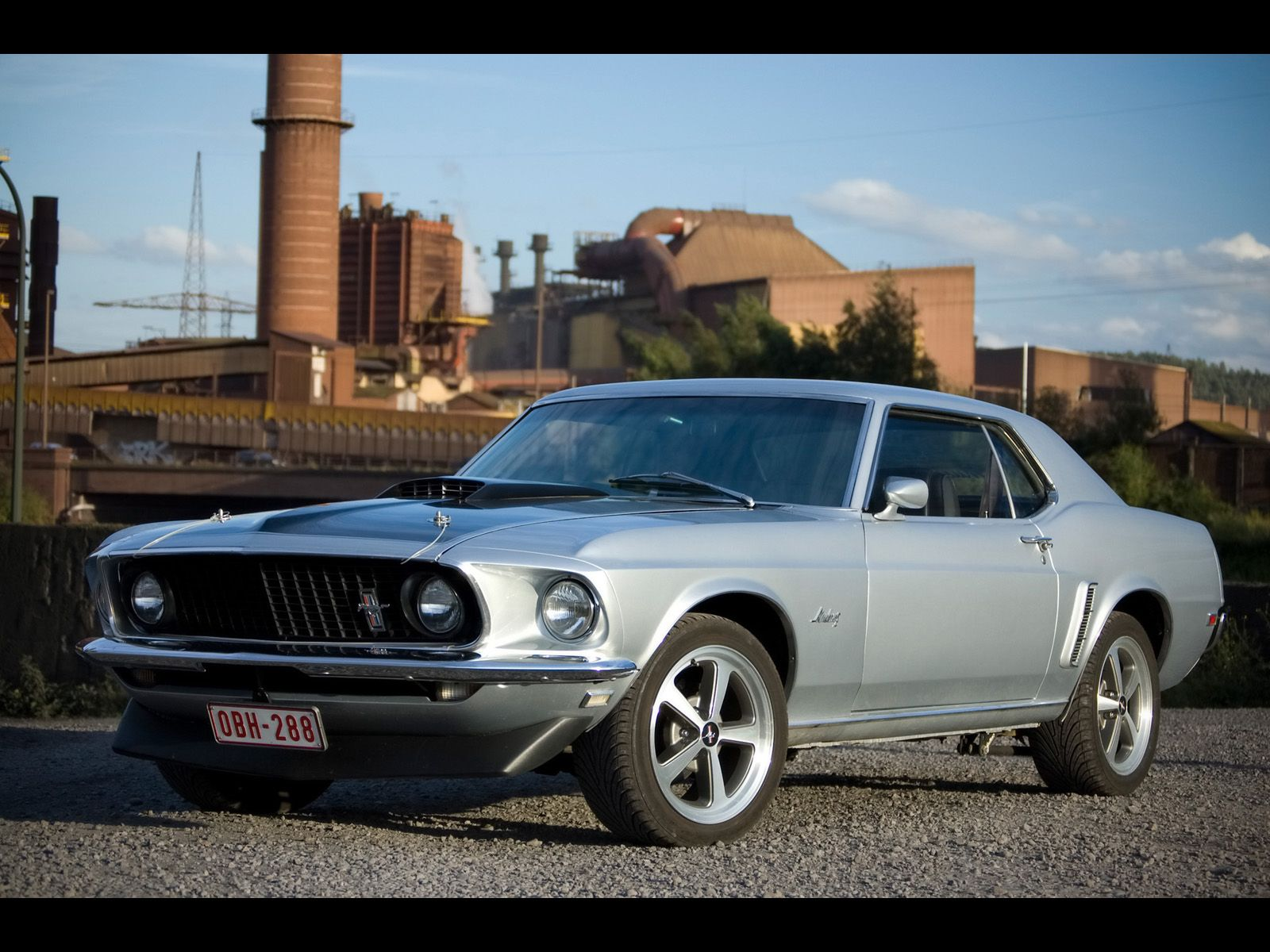 1969 Ford Mustang Hardtop with late model Mach 1 wheels