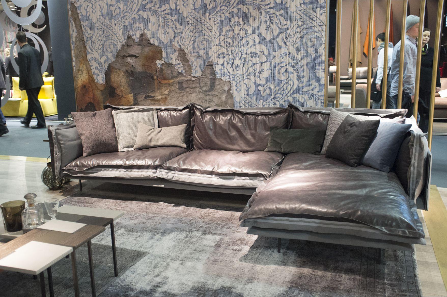 Arketipo Auto Reverse Sofa by Giuseppe Vigan² Chaplins